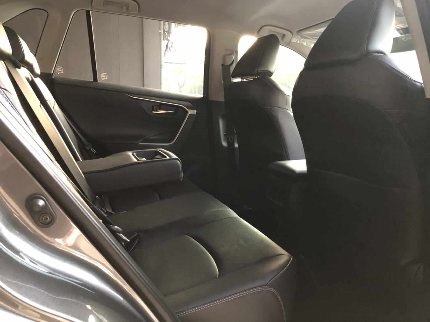 台中 租車 - TOYOTA ALL NEW RAV4